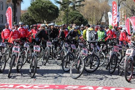 Dardanel sponsorluğunda Şehitlere Saygı Bisiklet Turu