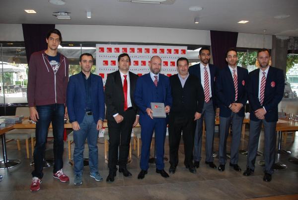 Pınar Karşıyaka ve Bal Spor'a yeni sponsor B-Active