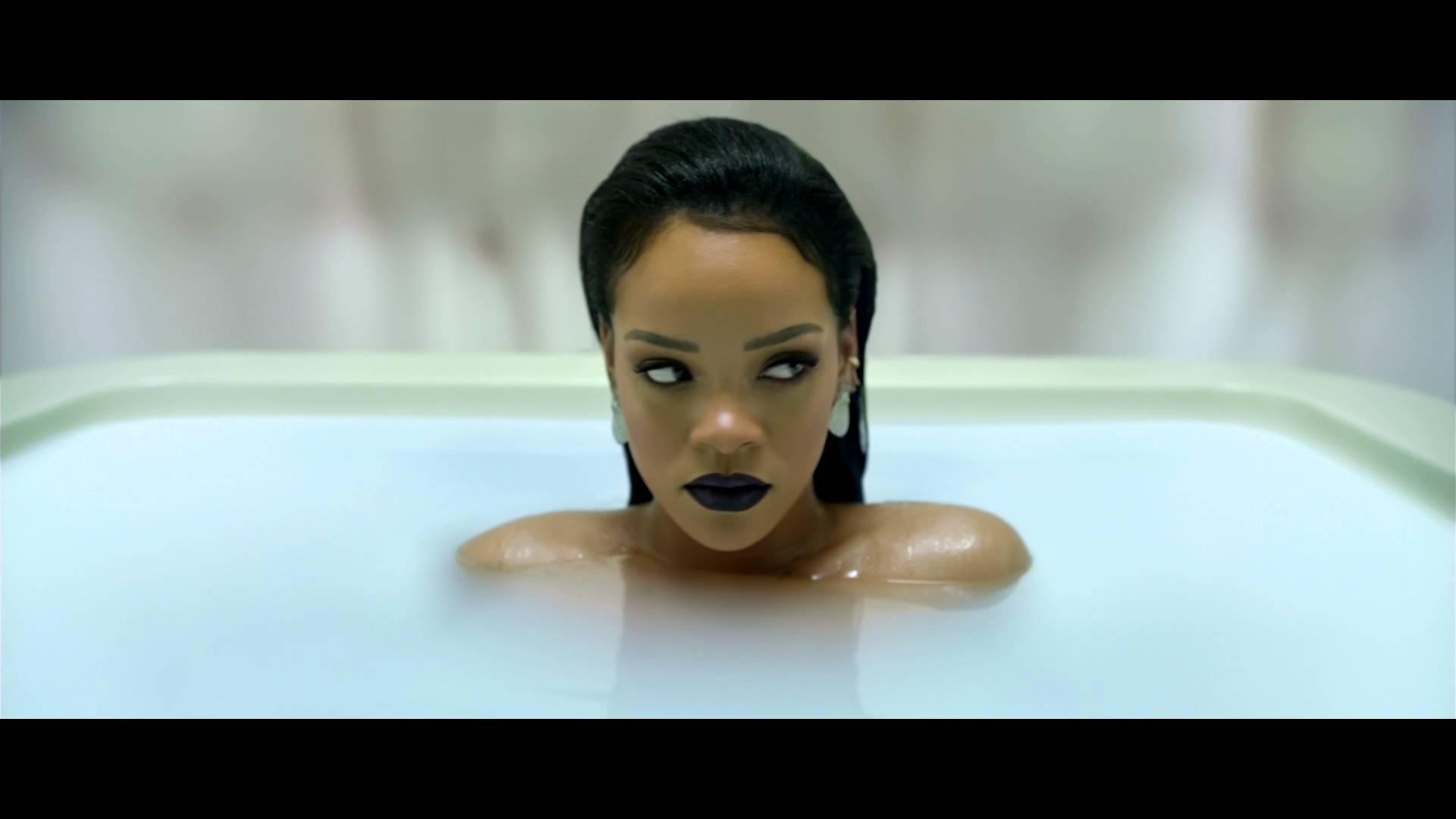Rihanna ANTI diaRy albümünü Samsung ile tanıttı.
