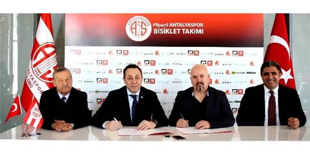 Antalyaspor Bisiklet Takımı Sponsorluk Anlaşmasını Uzattı