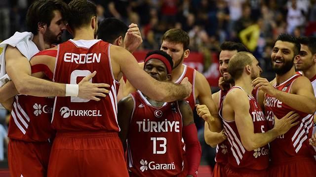A Milli Erkek Basketbol Takımı'nın Forma Tedarik Sponsoru Kim Olacak?