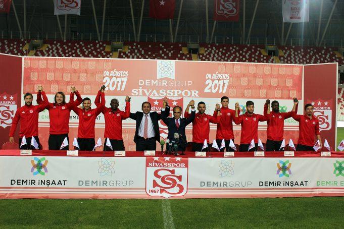Demir Grup, Sivasspor'un isim sponsoru oldu