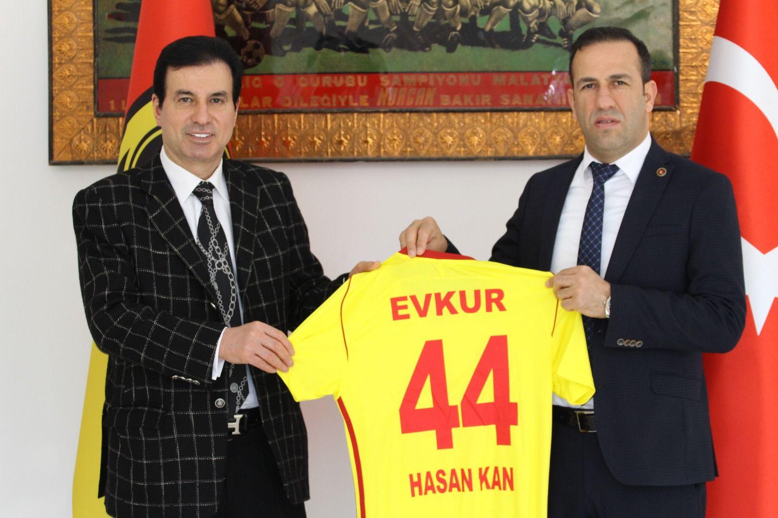 Evkur Yeni Malatyaspor'dan Sponsora Forma
