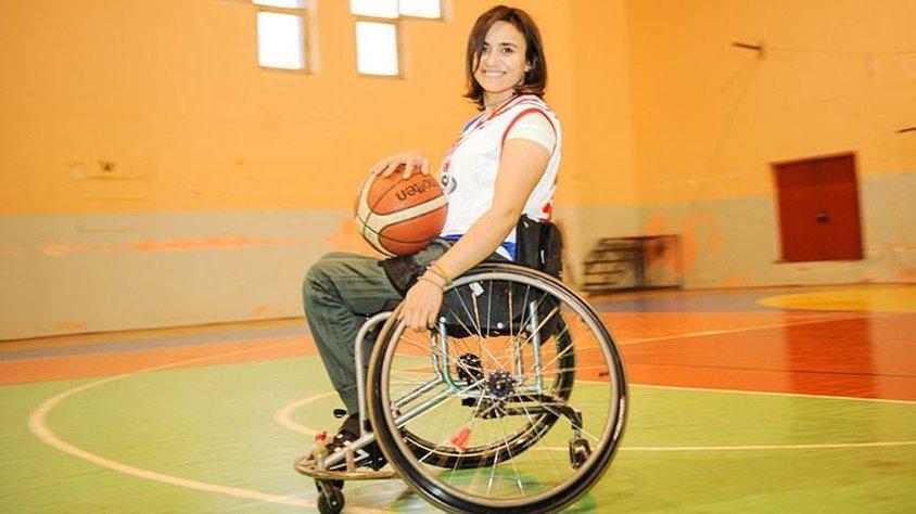 Genç basketbolcu Ebru Akıcı'ya Türkiye'den Destek Yağdı