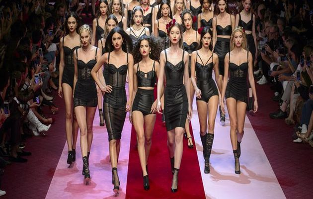 Bioderma, Mercedes-Benz Fashion Week'in Sponsoru Oldular