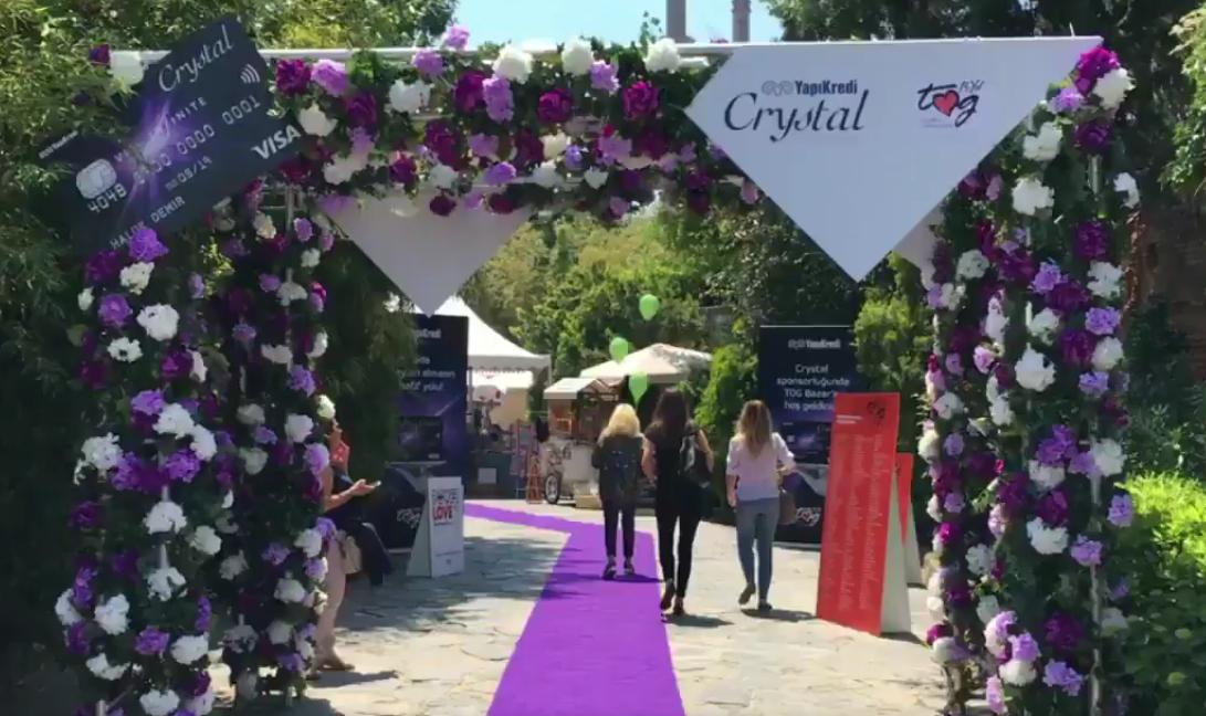 TOG BAZAR'ın Ana Sponsoru Yapı Kredi Crystal Kart
