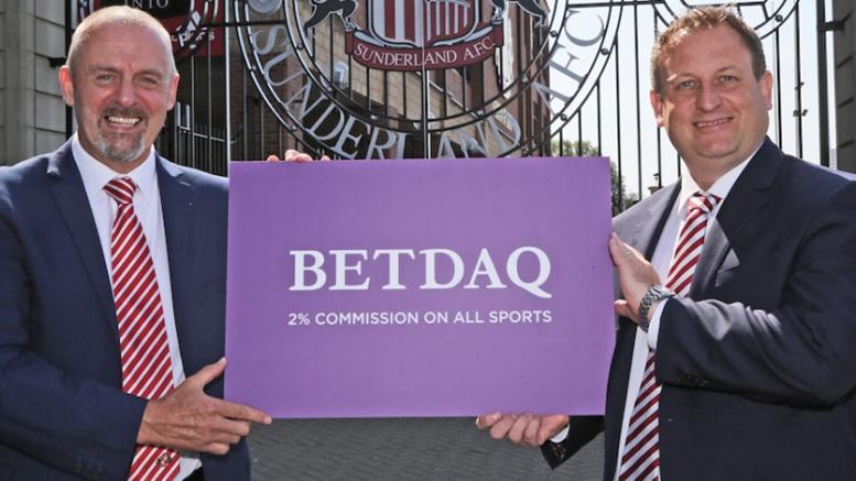 Sunderland'in Yeni Forma Sponsoru Betdaq Oldu