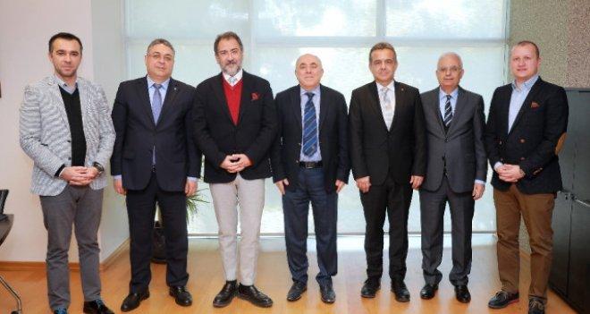 KSK Voleybol Takımı'na Yaşar Üniversitesi forma sponsoru oldu