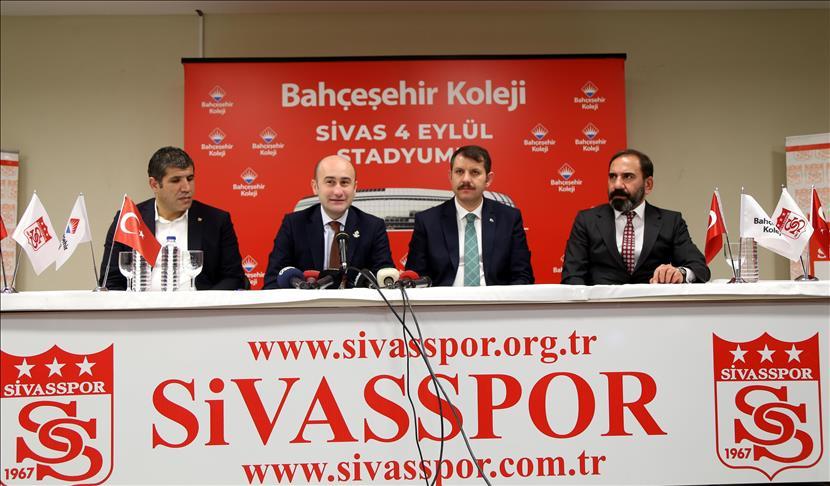 Sivasspor'un Stadyum İsim Sponsoru Bahçeşehir Koleji