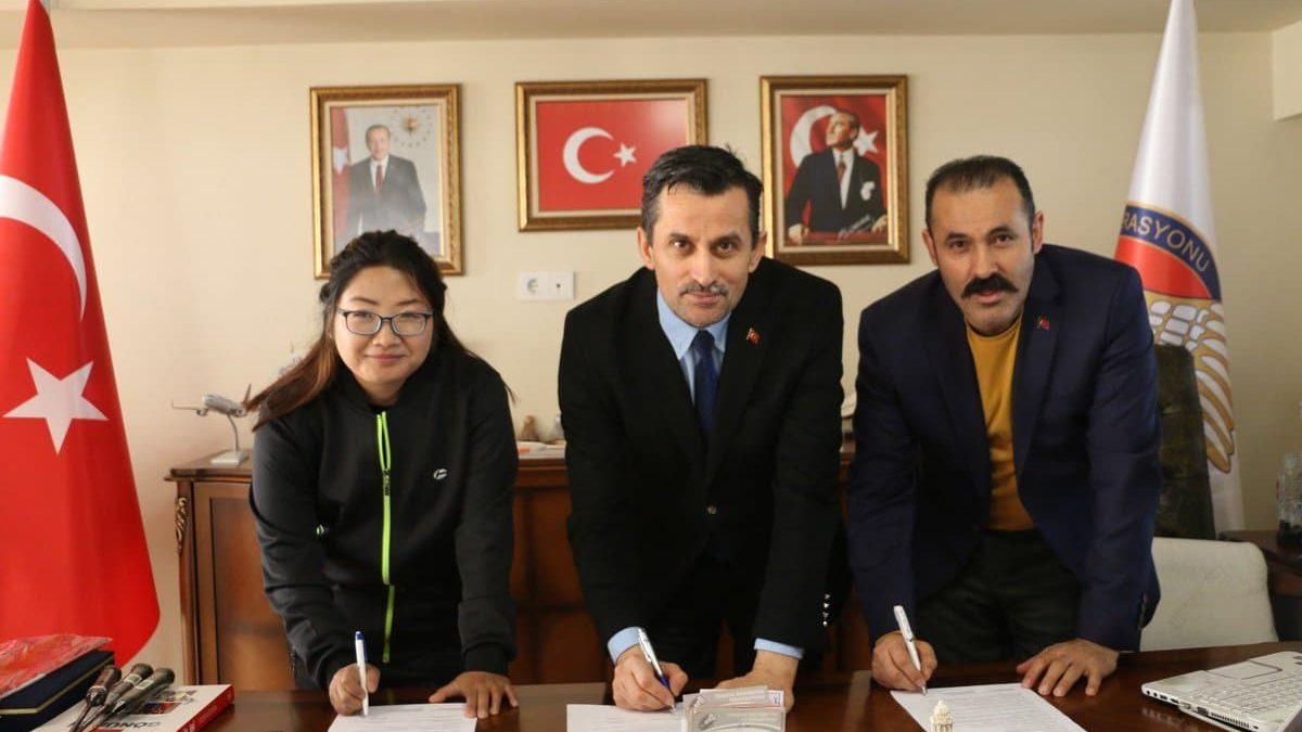 Türkiye Badminton Federasyonu'na Çinden Sponsor Geldi