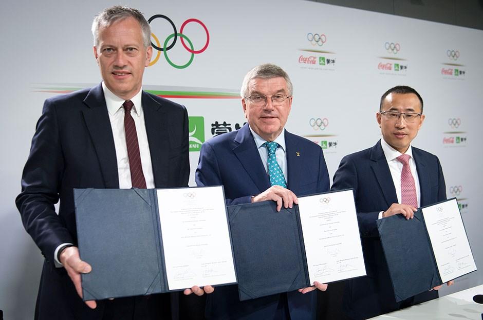 Coca Cola ve Mengniu Dairy, IOC Sponsorluğunu 2032'ye Kadar Uzattı