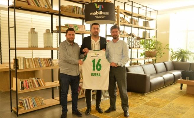 Mobiliyum, Bursa Belediyespor'un Sırt Forma Sponsoru Oldu