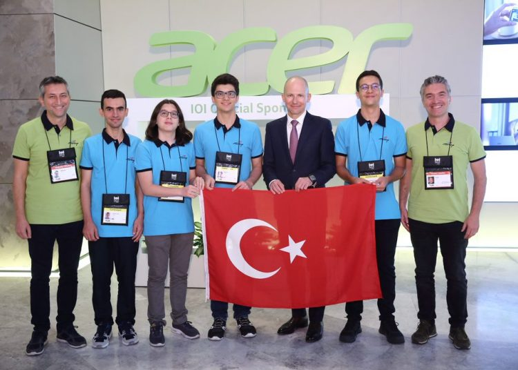 Uluslararası Bilişim Olimpiyatları'nın Yeni Sponsoru Acer Oldu