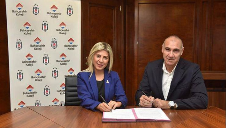 Beşiktaş Kadın Basketbol'un Yeni Sponsoru Bahçeşehir Koleji Oldu