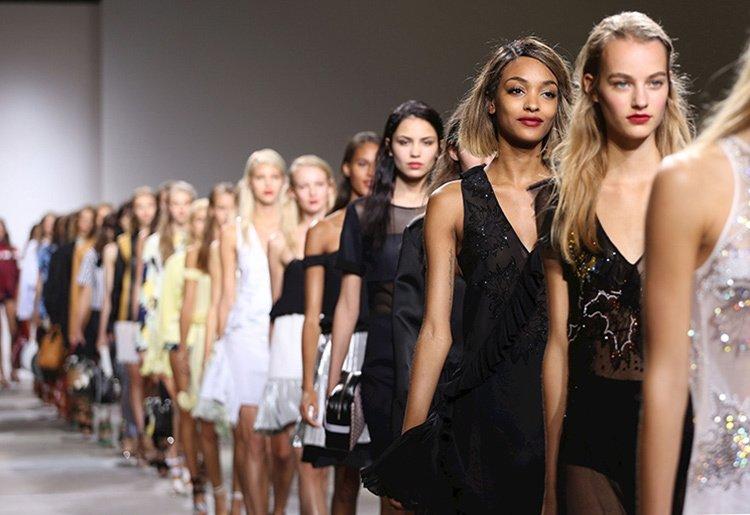 Fashion Week Istanbul, Mercedes-Benz İsim Sponsorluğunda Başladı