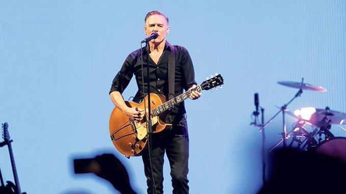 Bryan Adams, Aktif Bank Sponsorluğunda 27 Yıl Aranın Ardından İstanbul'da Konser Verdi