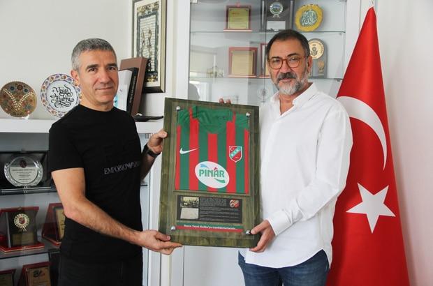 Karşıyaka Spor Kulübü, Medical Park İzmir Hastanesi İle Olan Sağlık Sponsorluğu Anlaşmasını Yeniledi