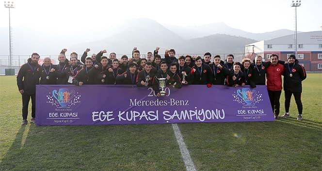 Mercedes-Benz İsim Sponsorluğunda Düzenlenen 2020 Ege Kupası'nda Şampiyon Türkiye Oldu