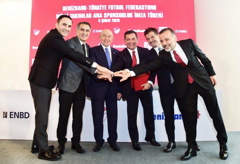 DenizBank, A Milli Futbol Takımı ile 3 Yıllık Sponsor Anlaşma İmzaladı