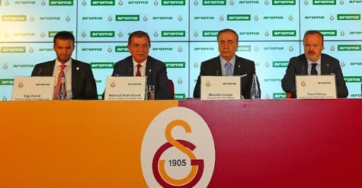 Galatasaray'ın Resmi Su Sponsoru Yeni Sezonda da Aroma Oldu