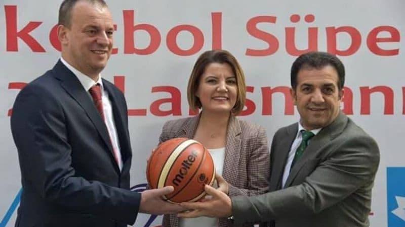 İzmit Belediyespor'a TBF'den HDI Sigorta Sponsorluğu için Veto Geldi